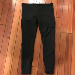 Fabletics black mesh & Moto design legging -size m